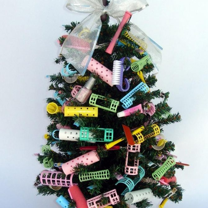 Cosmetologist Christmas Tree